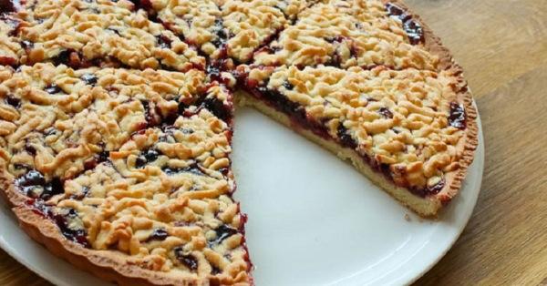 Тертый пирог. Рецепт классический с вареньем, творогом, яблоками пошагово с фото