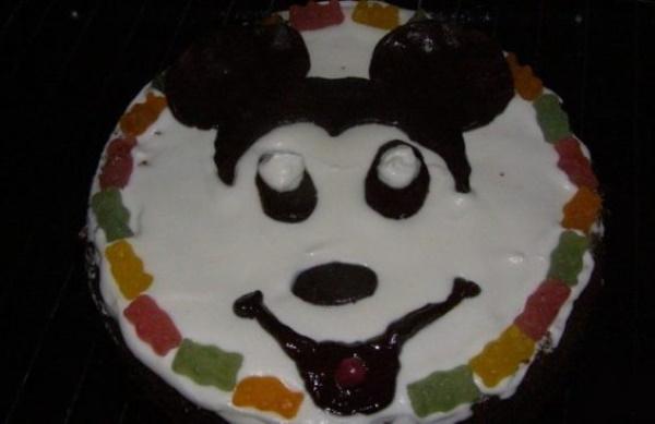Торт Микки Маус для девочки, мальчика из крема, мастики, сливок. Рецепт с фото пошагово