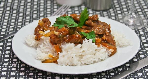 Азу из говядины. Рецепт с фото с солеными огурцами, картофелем, классический по-татарски