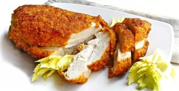 Что приготовить из куриной грудки на ужин, второе. Рецепты в духовке, на сковороде