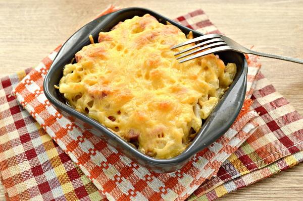 Макароны со сливками и сыром. Рецепт на сковороде, в духовке с курицей, беконом, грибами, ветчиной