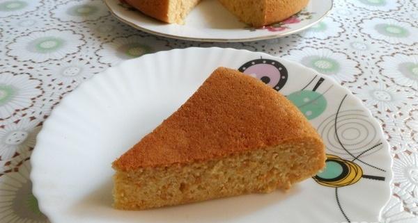 Морковник. Рецепт классический в духовке с манкой, маком, кукурузной мукой. Фото