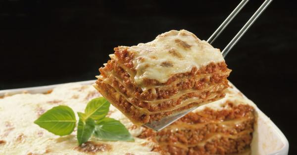 Пироги из лаваша в духовке, на сковороде с начинками. Рецепты простые, вкусные
