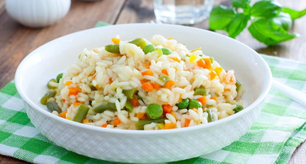 Ризотто с овощами. Рецепт с фото в мультиварке, на сковороде с грибами, курицей, рисом, кукурузой