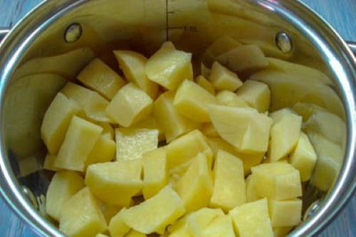 Шампиньоны в сметане в духовке целиком. Рецепт с сыром, картошкой, курицей, мясом