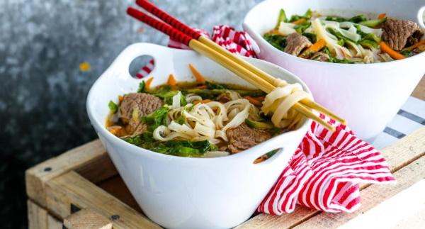 Супы на каждый день. Рецепты быстро и вкусно из свинины, курицы, говядины
