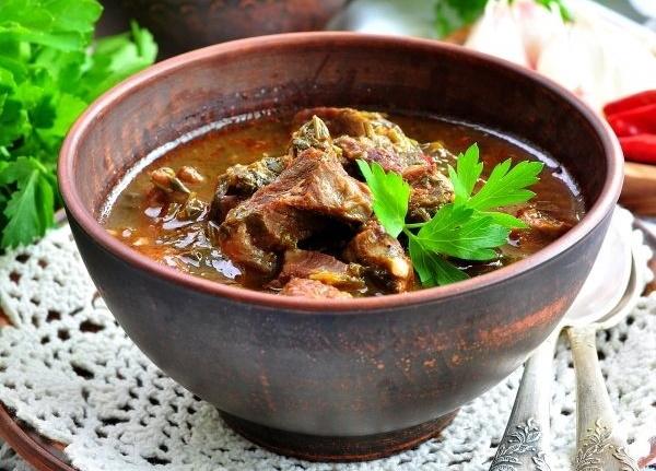 Чакапули по-грузински. Рецепт настоящий из баранины, говядины, курицы с тархуном, сливками, алычей