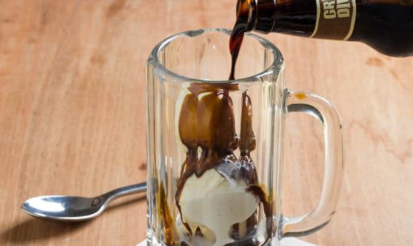 Коктейли с Бейлисом. Рецепт с мороженым, молоком, шампанским, водкой, ромом в домашних условиях