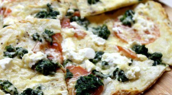 Пицца на слоеном дрожжевом тесте в духовке. Рецепт с фото с грибами, фаршем, курицей