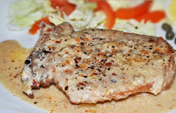Соусы для стейка из говядины сливочный, перечный, горчичный, из сметаны