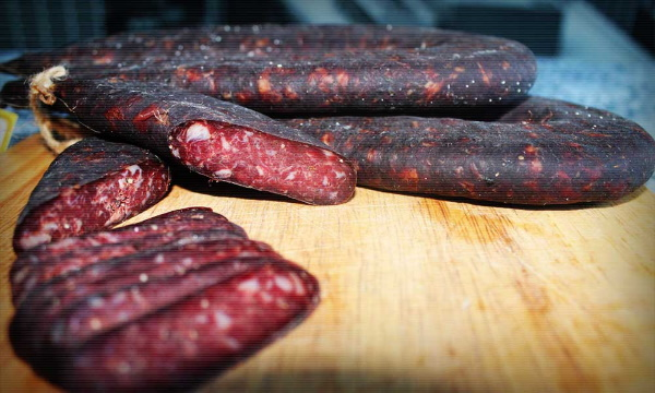 Суджук колбаса. Рецепт с фото, как готовить в домашних условиях