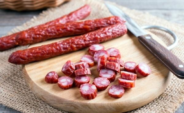 Свиные уши. Польза и вред, калорийность на 100 грамм копченых, вареных, жареных. Рецепты