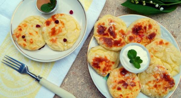 Сырники из обезжиренного творога. Рецепты в духовке