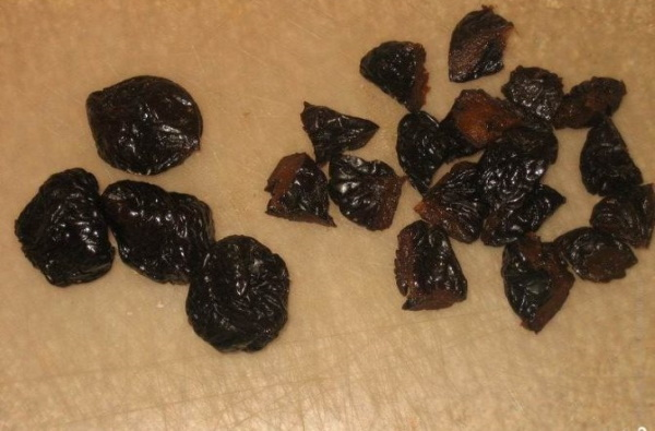 Торт Анечка. Классический рецепт с фото пошагово со сметанным кремом, черносливом, грецким орехом