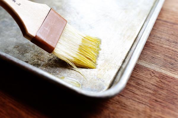 Блюда из скумбрии свежемороженой. Рецепты в духовке простые и вкусные