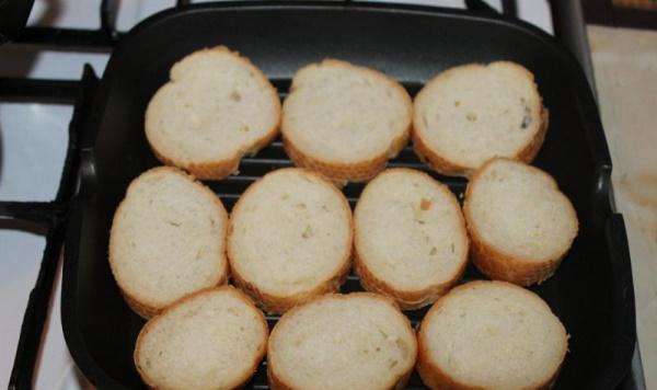Луковый суп. Рецепт простой с плавленным сыром, классический