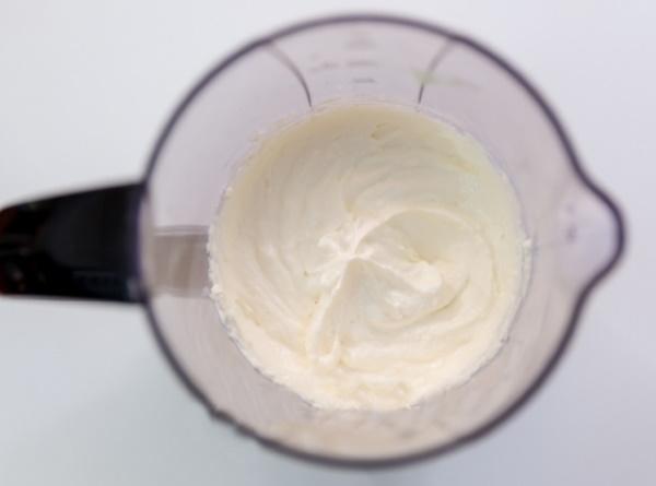 Сырный соус для макарон. Рецепт без молока, муки из плавленого сыра со сметаной, майонезом, сливками