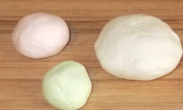 Как обтянуть торт мастикой. Рецепт с фото в домашних условиях