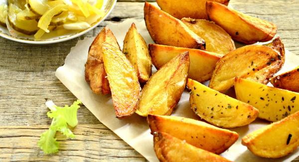 Картошка по-деревенски в мультиварке. Рецепты с фото