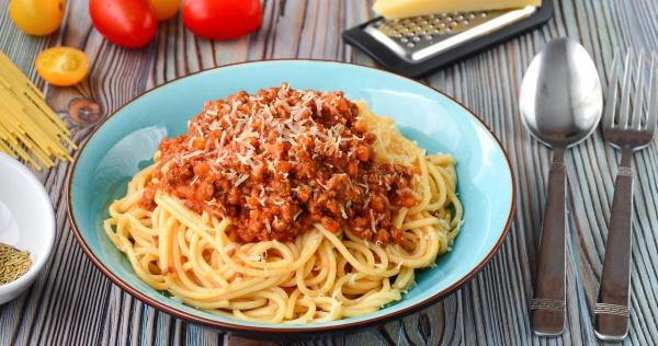 Паста Болоньезе со спагетти (макароны с фаршем). Рецепт с фото