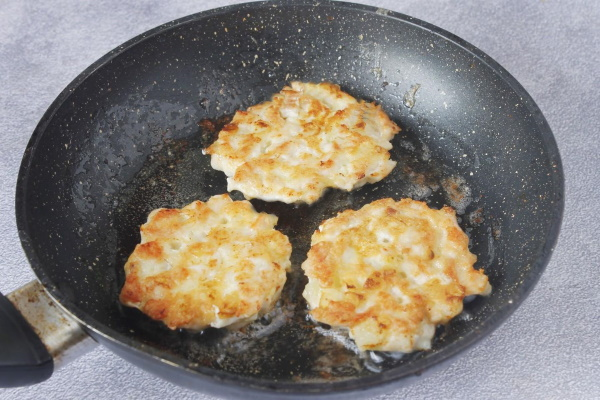 Рубленые куриные котлеты. Рецепты с сыром, кабачком, грибами