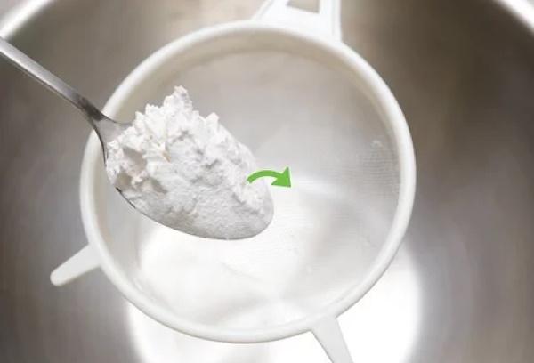 Тесто для блинов на воде. Рецепт классический тонкие, толстые
