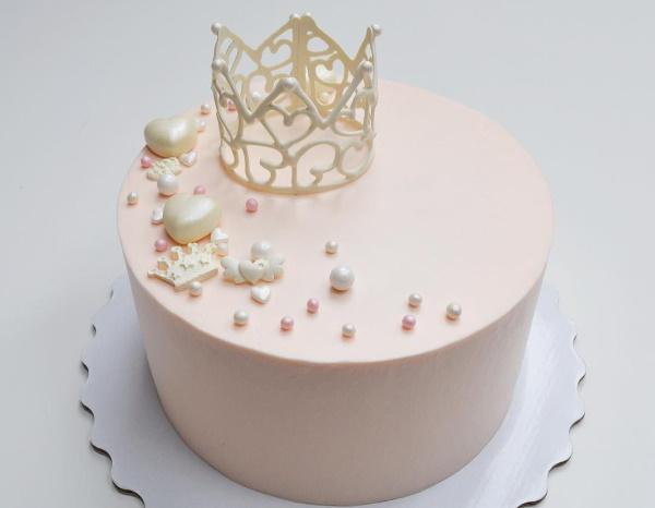 Торт на 20 лет девушке прикольный. Фото, идеи