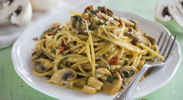 Макароны по-итальянски с помидорами. Рецепт с фото