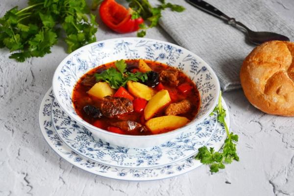 Бозбаш из баранины. Рецепт классический в казане, мультиварке по-азербайджански, грузински